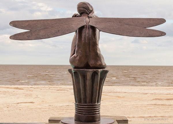 One of Karen's outdoor bronze statues, the Guardian.